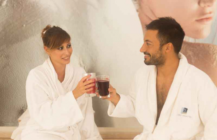 LOVE & SPA FOR TWO